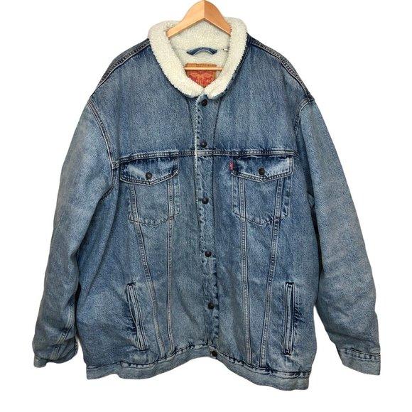 Levi's Fleece lined denim jean jacket medium wash